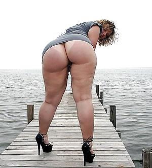 Big Ass Upskirt Porn Pictures