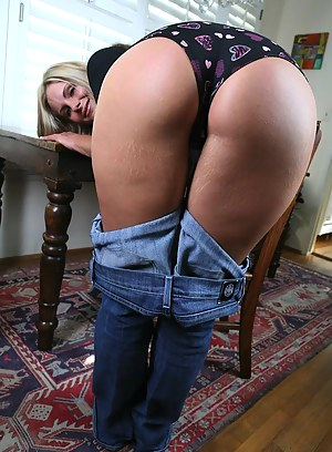 Big Ass Jeans Porn Pictures