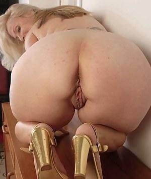 Mature Ass Porn Pictures